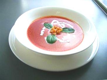 大地のトマトスープ